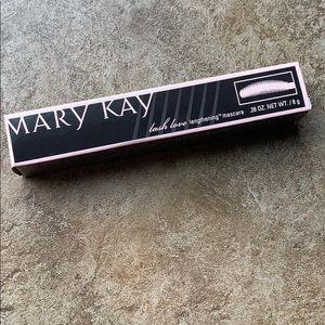 NWT Mary Kay lash love lengthening mascara